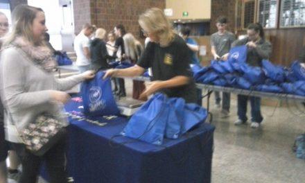 Batavia-Genesee Assembles Domestic Violence Bags